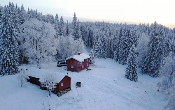 Zimowy urlop marzeń: Boże Narodzenie w norweskiej chatce w górach