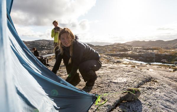 Jaki śpiwór zabrać pod namiot, jaki w góry? Ranking śpiworów turystycznych Jack Wolfskin